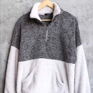 Sweaters - Sherpa fur fuzzy color block pullover jacket